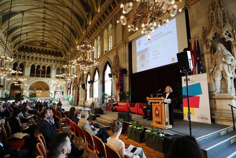 UNECE-Konferenz_-_oeffentl._Symposium_im_Rathaus__35_.jpg