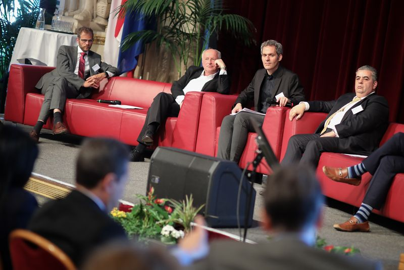 UNECE-Konferenz_-_oeffentl._Symposium_im_Rathaus__204_.jpg
