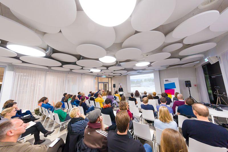 Publikum des IBA-Talks: Jugendliche erwünscht - Kinder- und Jugendgerechtes Planen und Bauen