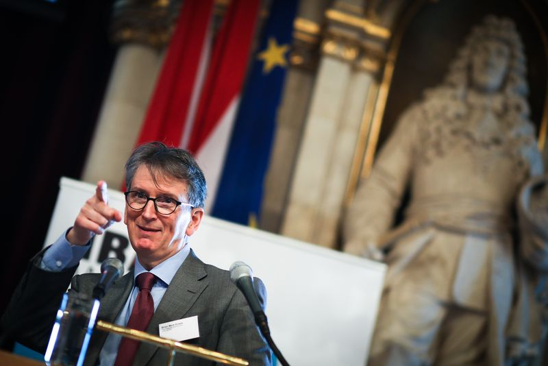 UNECE-Konferenz_-_oeffentl._Symposium_im_Rathaus__150_.jpg
