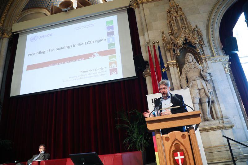 UNECE-Konferenz_-_oeffentl._Symposium_im_Rathaus__82_.jpg