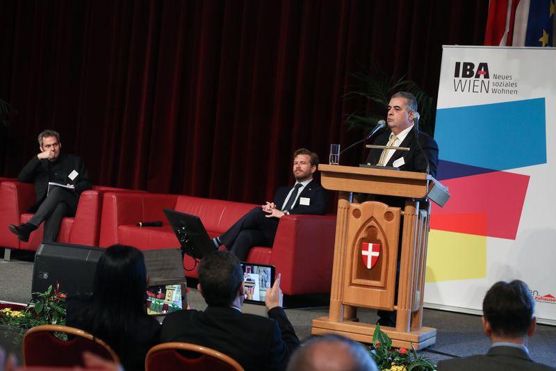 UNECE-Konferenz_-_oeffentl._Symposium_im_Rathaus__169_.jpg