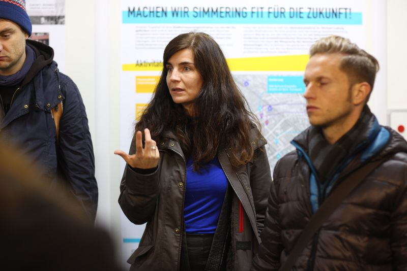 Julia Girardi-Hoog und Andreas Tschismasia (MA 25): IBA-Talk Bestandsentwicklung und Stadterneuerung-Tour durch das Projetkgebiet von Smarter Totgether in Wien - Simmering www.smartertogether.at
