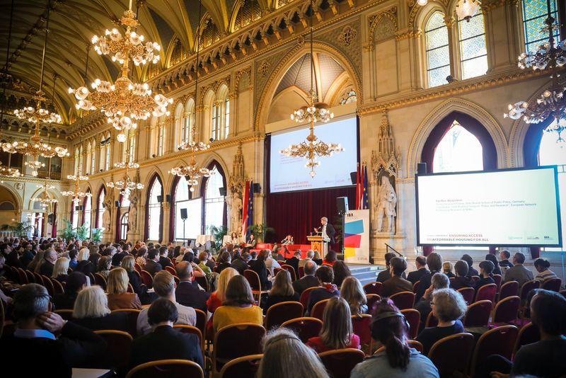 UNECE-Konferenz_-_oeffentl._Symposium_im_Rathaus__87_.jpg