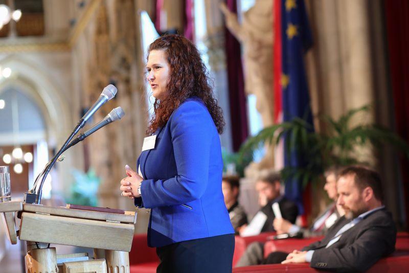UNECE-Konferenz_-_oeffentl._Symposium_im_Rathaus__125_.jpg