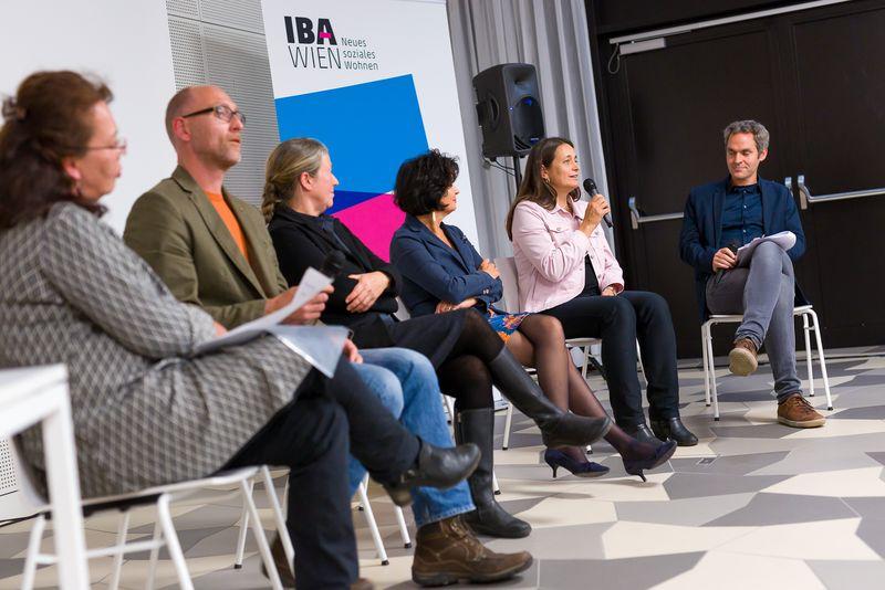 Diskussionsrunde des IBA-Talks: Jugendliche erwünscht!