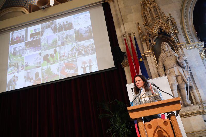 UNECE-Konferenz_-_oeffentl._Symposium_im_Rathaus__80_.jpg