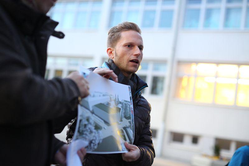 Andreas Tschismasia (MA 25): IBA-Talk Bestandsentwicklung und Stadterneuerung-Tour durch das Projetkgebiet von Smarter Totgether in Wien - Simmering www.smartertogether.at