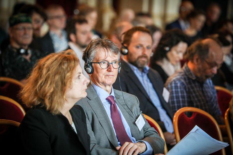 UNECE-Konferenz_-_oeffentl._Symposium_im_Rathaus__27_.jpg