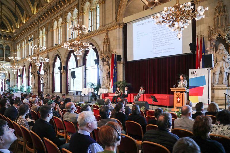 UNECE-Konferenz_-_oeffentl._Symposium_im_Rathaus__78_.jpg