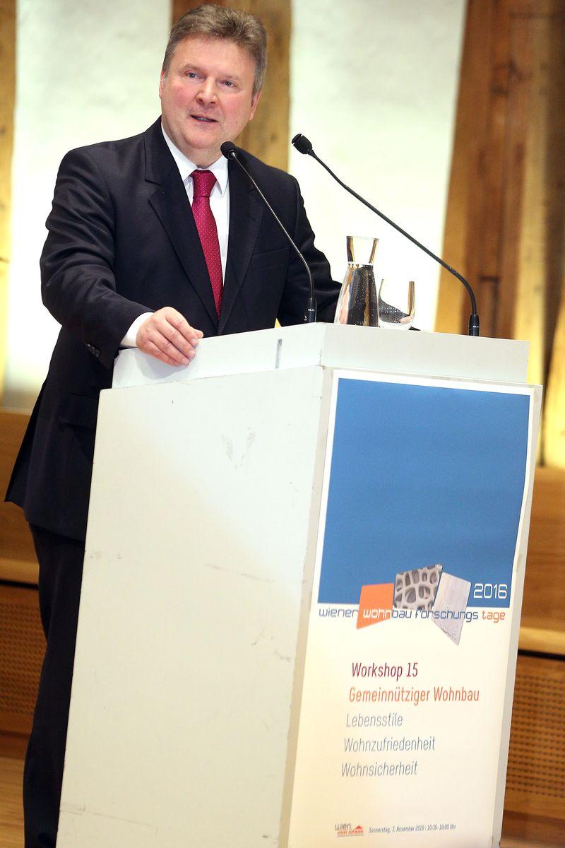 IBA-Präsident Michael Ludwig