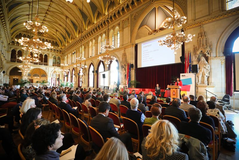 UNECE-Konferenz_-_oeffentl._Symposium_im_Rathaus__50_.jpg