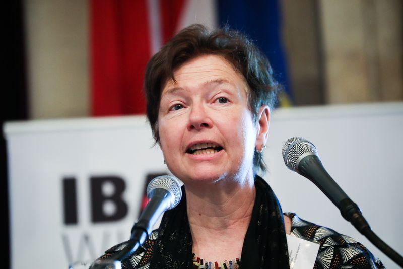 UNECE-Konferenz_-_oeffentl._Symposium_im_Rathaus__69_.jpg