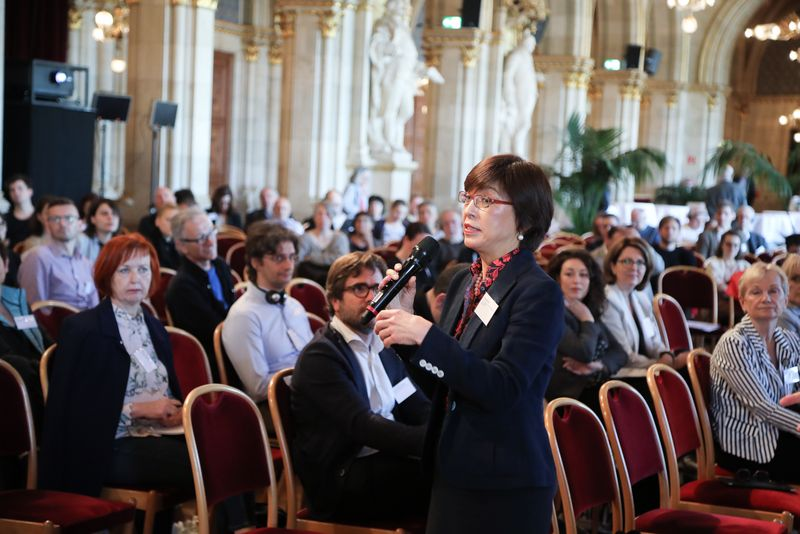 UNECE-Konferenz_-_oeffentl._Symposium_im_Rathaus__115_.jpg