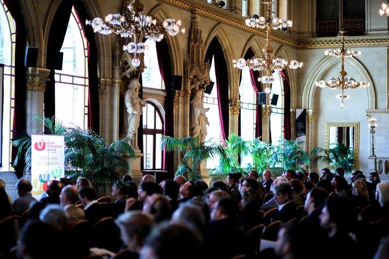 UNECE-Konferenz_-_oeffentl._Symposium_im_Rathaus__57_.jpg