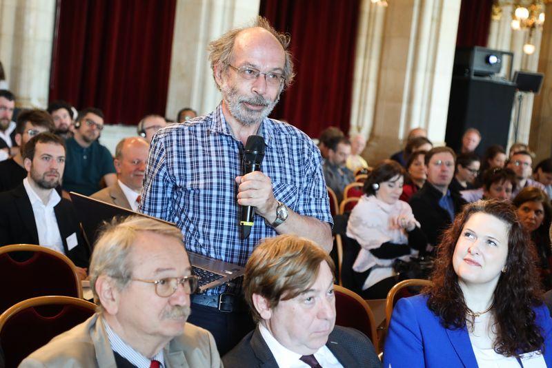 UNECE-Konferenz_-_oeffentl._Symposium_im_Rathaus__41_.jpg