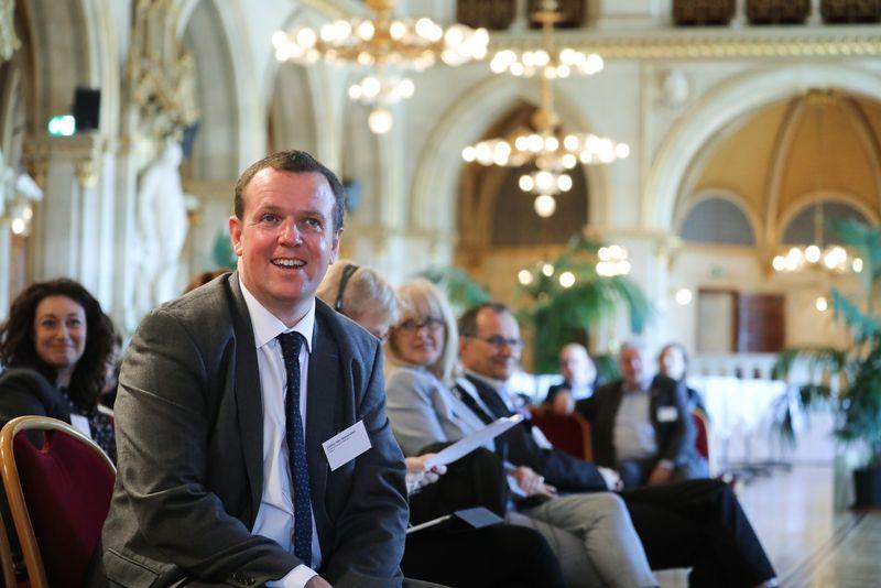 UNECE-Konferenz_-_oeffentl._Symposium_im_Rathaus__66_.jpg
