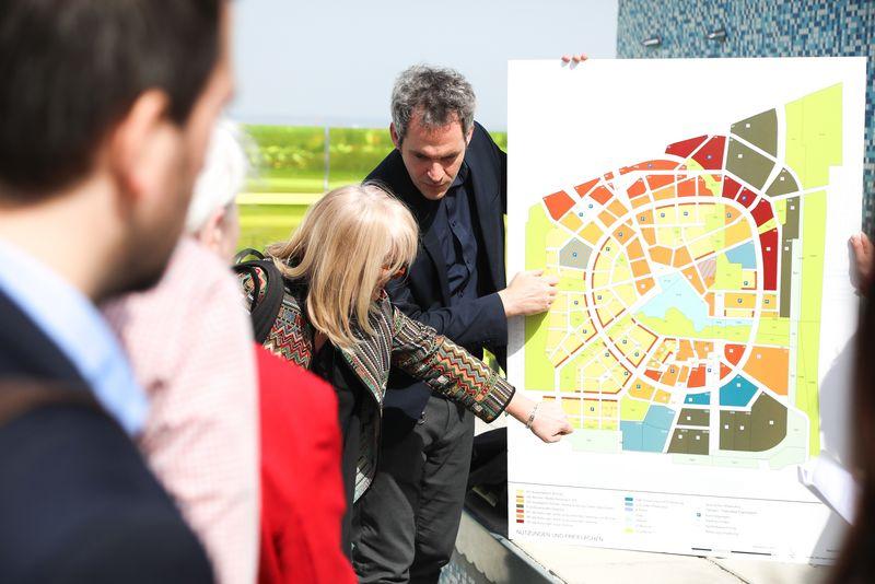 UNECE-Konferenz_-_Tour_durch_aspern_Die_Seestadt_Wiens__34_.jpg