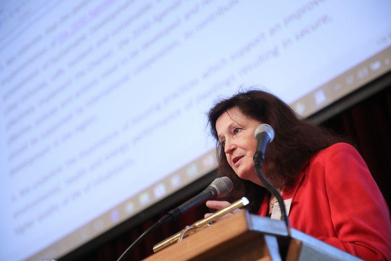 UNECE-Konferenz_-_oeffentl._Symposium_im_Rathaus__208_.jpg