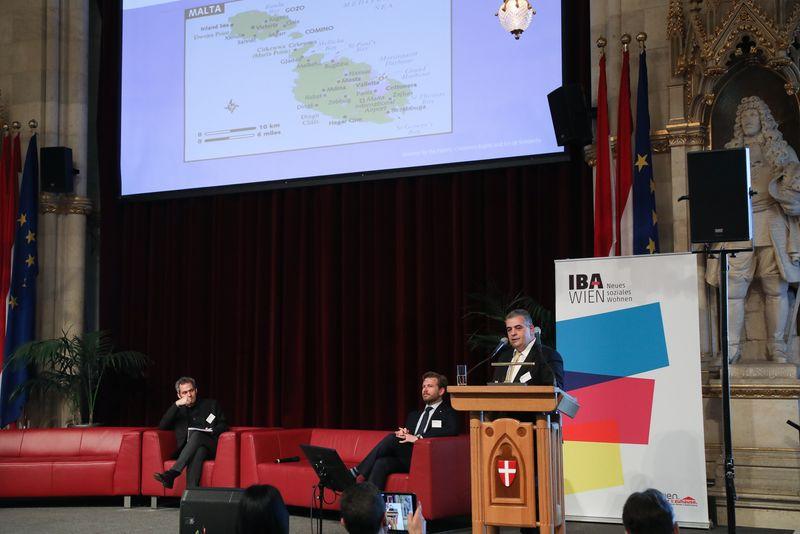 UNECE-Konferenz_-_oeffentl._Symposium_im_Rathaus__168_.jpg