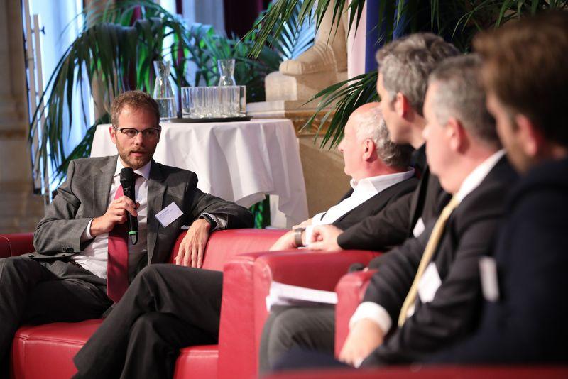 UNECE-Konferenz_-_oeffentl._Symposium_im_Rathaus__202_.jpg