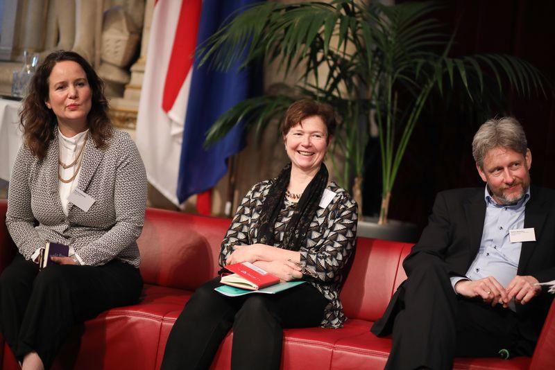 UNECE-Konferenz_-_oeffentl._Symposium_im_Rathaus__95_.jpg