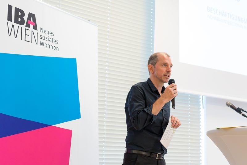 Moderator Wolfgang Gerlich, PlanSinn