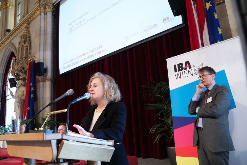UNECE-Konferenz_-_oeffentl._Symposium_im_Rathaus__43_.jpg